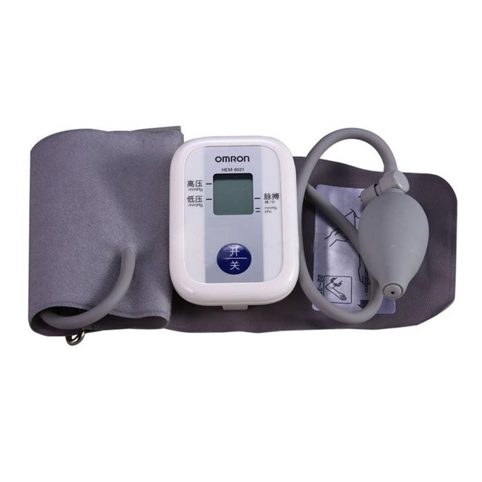 欧姆龙臂式电子血压计HEM-8021